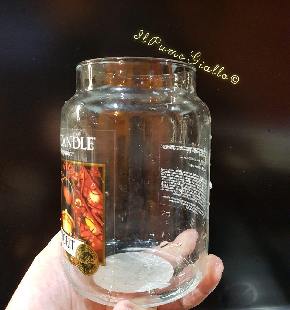 pulire il contenitore delle candele